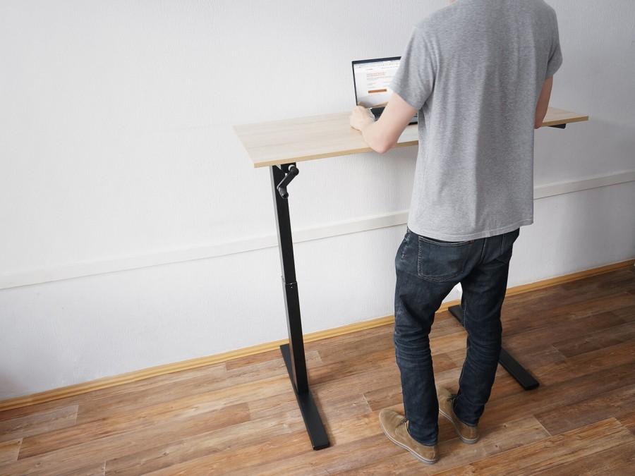 Стол для работы стоя «Макс Мануал» с берёзовой столешницей, 1200х700мм