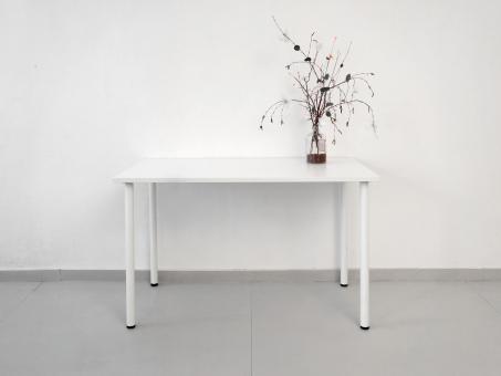 Рабочий стол ЛДСП 22 мм, белый